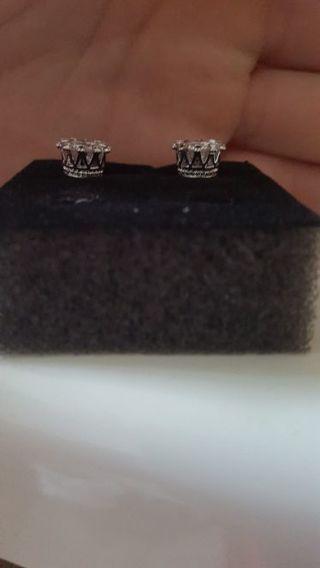 Men or women's crown earrings Brand New