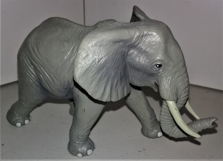"1996 Safari Land (Miami, FL) heavy (12 oz.) African Elephant - epoxy resin material - size 6"" x 3"""