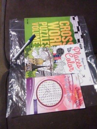 3 Activity Books Gift Set+1 Book.
