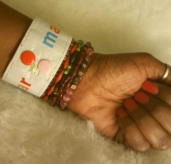 New Handmade Make Love Not War Snap Cuff Unisex Bracelet 7 to 8 inches