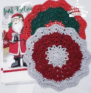 "Crochet 2 - 9"" Dish Cloth/Wash Cloths/1 CHRISTMAS Dish Towel"