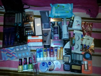 Too Much to Stuff Beauty lot! $200+