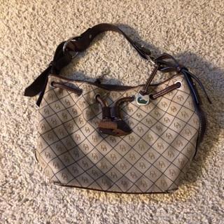 Dooney & Bourke Handbag -good condition! Low gin- ship $3.20