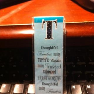 """""""t"""" Bookmark Magnet"""