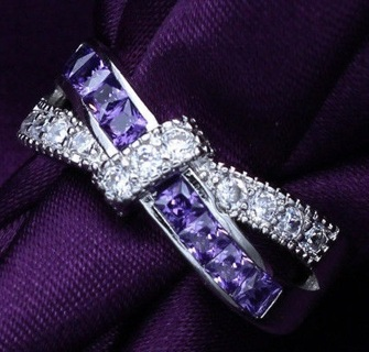 100% NEW SZ 7 Womens Ring ~ White gold filled & plated silver Criss-Cross Design ring in Purple