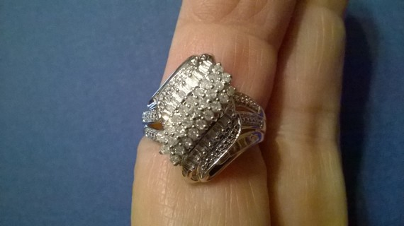 1/2 CT Diamond Cluster Pave Ring size 8 new