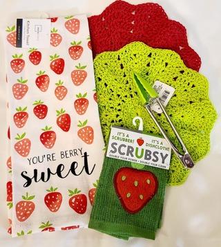 """Crochet 2 - 9"""" Dish Cloth/Wash Cloths 1 FLOUR SAC TOWEL 1 SCRUBSY 1 PAIR TONGS"""