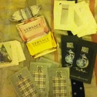 15 perfume samples