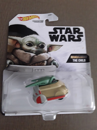 Hot wheels Star Wars  Mandalorian The Child car
