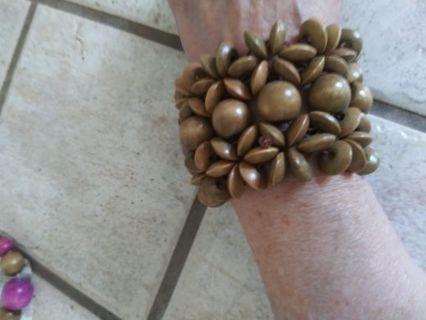Rachel Rose Wood Bead Earrings & Stretch Bracelet! New*