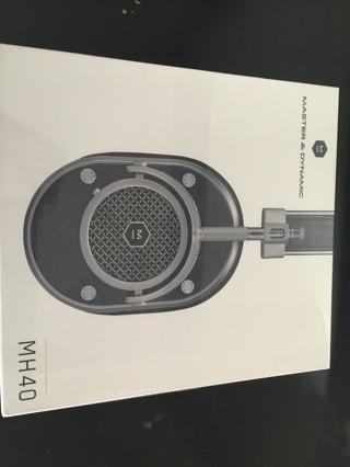 Master & Dynamic MH40 Over Ear Headphone-Gunmetal-NEW-$399+Free item $120 worth-total deal worth$520