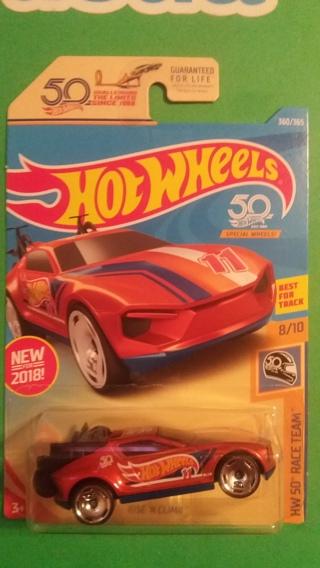 hot wheels  rise n climb 8/10 hw 50 race team  free shipping