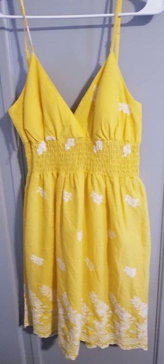 WOMEN'S SIZE LARGE YELLOW SUN DRESS*BRAND NEW W/TAGS*