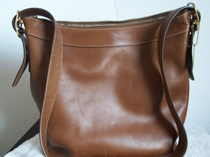 Free Absolutely Beautiful Genuine Coach Classic Tan Leather Handbag Purse