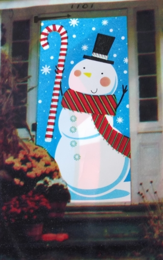 CHRISTMAS DOOR COVER DECORATION 30 INCHES X 60 INCHES LOT 24