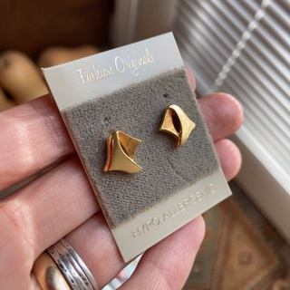 Vintage 80s abstract hypoallergenic gold earrings