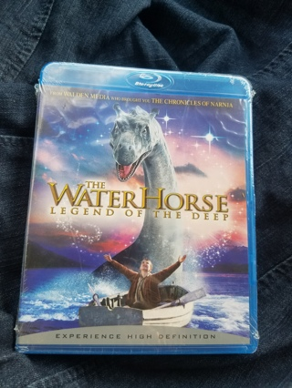New & Sealed Blu-ray Disc--The Water Horse--Legend of the Deep