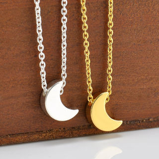 Women Fashion Jewelry Elegant Star Crescent Moon Pendant Simple