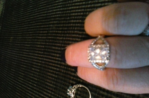 beautiful ring sz7
