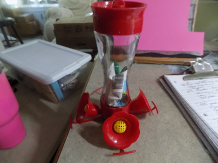 Hummingbird feeder 8 inch tall comes with food & mix to feed them