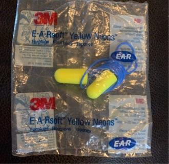 1 package of 3M EAR PLUGS/ ear soft yellow neons