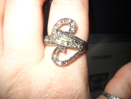Very Pretty Costume Ring