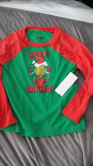 """Dr Seuss """"Merry Grinchmas!"""" a New, Adorable Shirt for a Boy or Girl (Size S/CH 6/7) Free Shipping"""