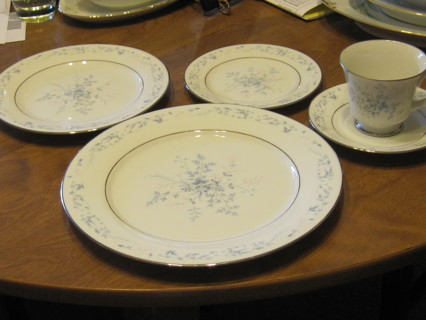 Nippon Service for 6 - 5 Piece Place Settings-Carolyn.