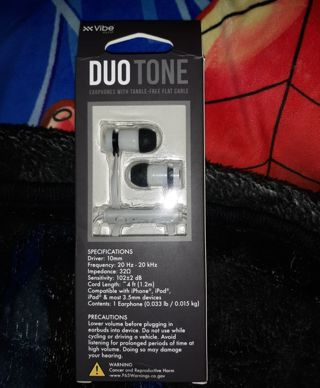 XX VIBE DUO TONE EARBUD HEADPHONES WITH MIC AND REMOTE BRAND NEW