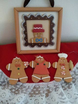 Gingerbread Picture & Trio of Ornaments