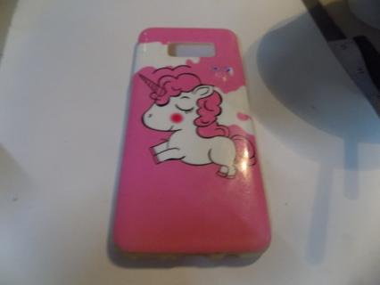 Pink and white unicorn telephone case