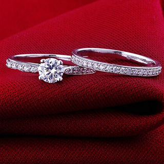 [GIN FOR FREE SHIPPING] 2PCs Set Cubic Zirconia Silver Rings