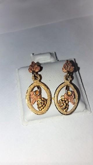 10k Black Hills Gold Dangle Earrings