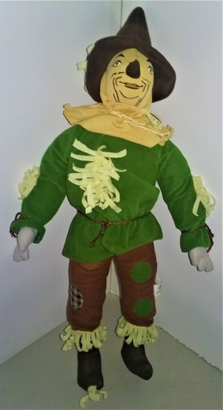 """Wizard of Oz"" SCARECROW stuffed doll - 21"" tall - 9 oz. - VG pre-owned condition"
