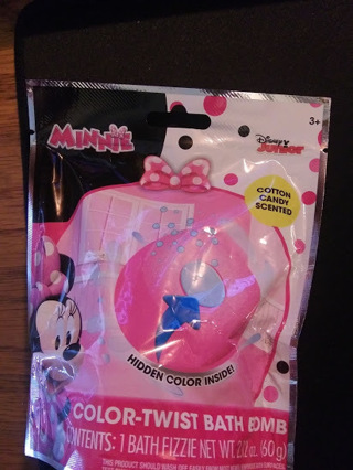 Minnie Mouse Bath Bomb - Cotton Candy