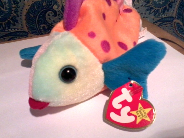 Free ty beanie baby lips the fish born march 15 1999 for Fish beanie baby