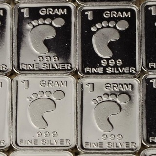 1 Gram SOLID SILVER Bar - Fine .999 Pure *Padfoot*