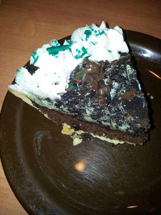 Brownie mint pie