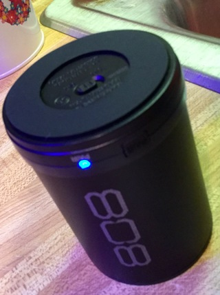Free: *808 Canz Wireless Speaker! - Music Players