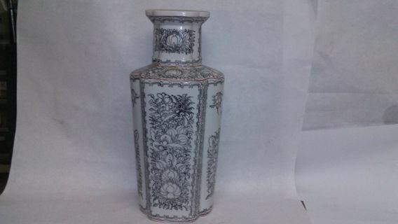 Vase hand painted floral porcelain antique black white asian hong kong vintage