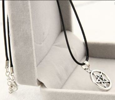 1 Pentagram Pentacle Pendant Necklace Pentagram wicca wican pagan witch gothic celtic nature