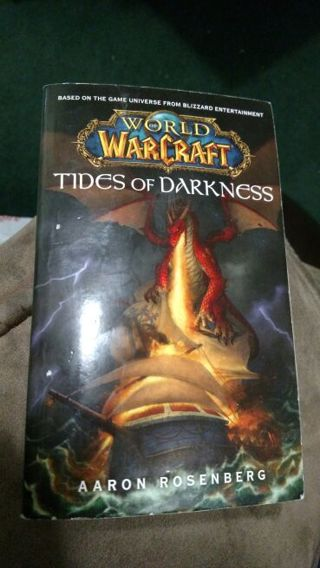 Tides of Darkness by Aaron Rosenberg (paperback)