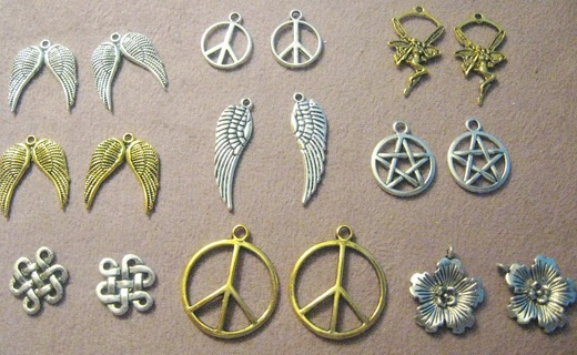 Great Mix of Charms ~  Pick 6 or GIN gets 18