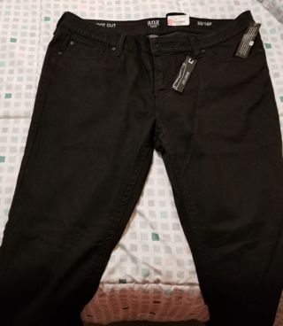 Ana Boot Cut - size 16
