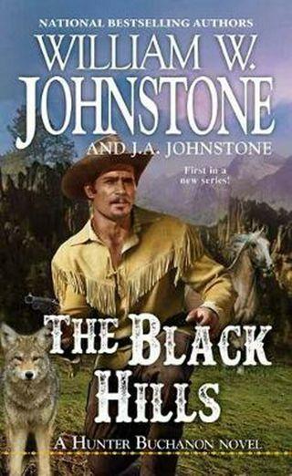 ☆Black Hills by Wm. W. Johnstone -Paperback