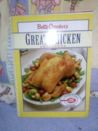 (2) Betty Crockers spiral Recipe books