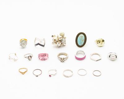 Lot of 18 Rings in Various Sizes Some Marked!! Destash DIY