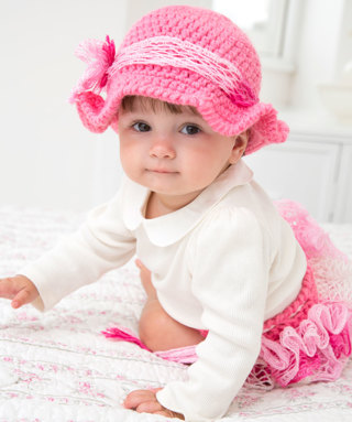 Free Baby Girl Flower Bow Diaper Cover Hat Crochet Pattern