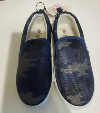 Brand New Toddler Size 10 Army Camouflage Shoes