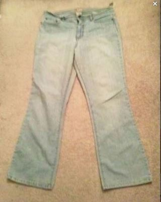 1 pair light blue jeans stretch boot cut